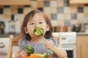Khắc phục tật biếng ăn ở trẻ như thế nào?