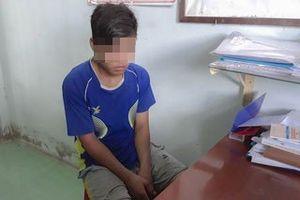 Bắt khẩn cấp thiếu niên 15 tuổi hiếp dâm trẻ 8 tuổi