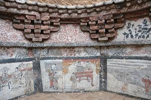 Cảnh tượng kinh ngạc bên trong mộ cổ của cặp đôi Trung Quốc