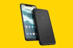 Clip: Trên tay smartphone chip S636, camera kép, pin 5.000 mAh