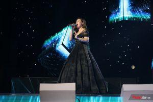 Minh Ngọc 'Cảm Ơn Đời' vì được đứng trên sân khấu Chung kết The Voice 2018