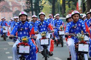 Ấn tượng lễ cưới tập thể của 100 cặp đôi công nhân trong ngày Quốc khánh