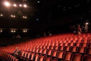 Lật tẩy chiêu rạp 'đầy' nhưng 'rỗng' của nhà đầu tư phim Trung Quốc