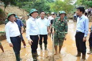 Bộ trưởng Bộ GD-ĐT mong học sinh, thầy cô ở Sơn La sớm ổn định trở lại trường