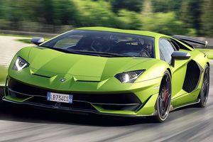 Chiêm ngưỡng Lamborghini Aventador SVJ xanh bắt mắt phiên bản giới hạn