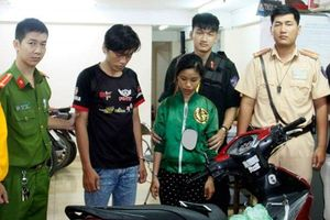 TP. Hồ Chí Minh: Bắt nhóm đối tượng cướp giật ngay trên phố