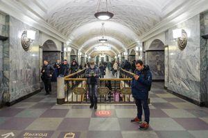 Cảnh sát Nga bị bắn chết ở trạm tàu điện ngầm ở Moscow