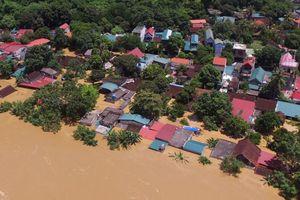 Thanh Hóa: 13 người chết và mất tích, hàng ngàn ngôi nhà đang bị lũ bủa vây