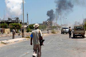Libya: Bạo lực lan tràn, Chính phủ lâm thời tuyên bố tình trạng khẩn cấp