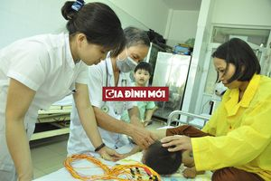 Những tiết lộ của điều dưỡng trưởng chuyên chăm sóc trẻ bại não, tự kỷ