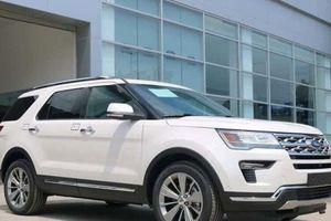 Không chỉ tăng giá, khách muốn tậu Ford Explorer 2018 vẫn phải mua thêm gói phụ kiện