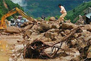 Lai Châu đang mưa rất to, nguy cơ chia cắt giao thông dài ngày