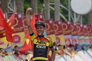 Giải xe đạp quốc tế VTV Cup Tôn Hoa Sen: Tay đua Van der Pijl về nhất chặng 2