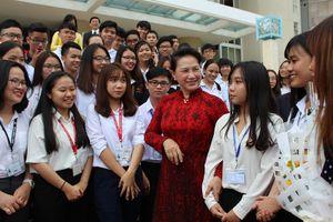 Chủ tịch Quốc hội Nguyễn Thị Kim Ngân nói về tự chủ đại học