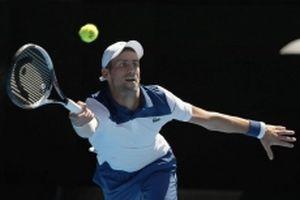 Đánh bại Sousa, Djokovic hẹn Federer ở tứ kết Mỹ mở rộng