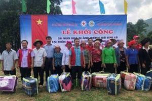 Xây mới 50 nhà ở cho đồng bào vùng lũ Văn Yên