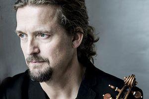 Nghệ sĩ violin Christian Tetzlaff trình diễn cùng dàn nhạc giao hưởng NHK
