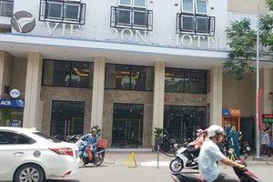 Người đàn ông ngoại quốc nghi rơi từ lầu 6 khách sạn tử vong