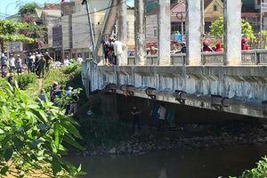 Người dân phát hiện xác chết dưới chân cầu Cửa Tiền