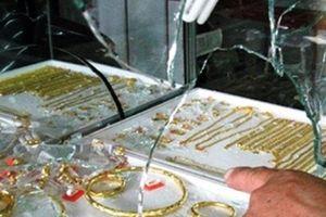 Đồng Nai: Bắt giữ đối tượng vờ mua vàng để cướp tài sản
