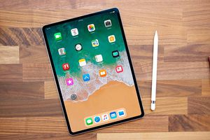 iPad Pro 12.9 inch (2018) inch không còn là bí ẩn sau khi bạn xem chùm ảnh và video này