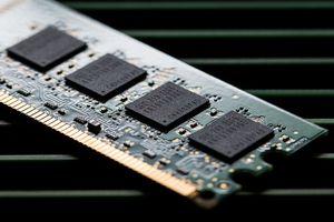 Trung Quốc chưa 'đủ tuổi' cạnh tranh với các đối thủ sản xuất chip toàn cầu