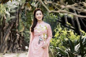 Gặp nàng thơ của Đại học Văn hóa Nghệ thuật Quân đội: Xinh như Hoa hậu và sở hữu giọng hát ngọt ngào