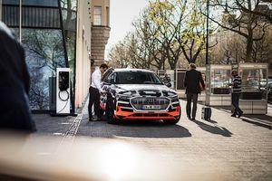 Xe điện đầu tay của Audi xuất xưởng tại Bỉ