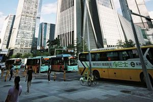 Đại đô thị Thâm Quyến tĩnh lặng hơn nhờ xe điện