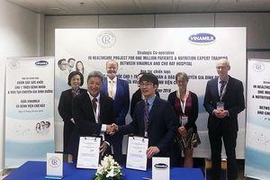 Vinamilk và Bệnh viện Chợ Rẫy ký hợp tác chiến lược