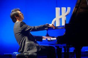 'Thần đồng piano' Lang Lang thăng hoa trên sân khấu 'Hublot loves art'
