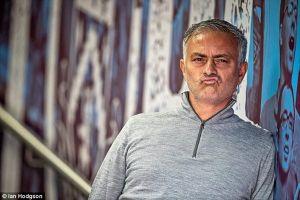 Mourinho chẳng ngán gì tin đồn bị sa thải
