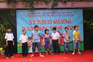 TP.HCM: Ngày khai trường của những học sinh kém may mắn