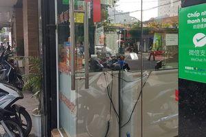 Chính phủ chỉ đạo trục xuất du khách kinh doanh 'chui' ở Việt Nam