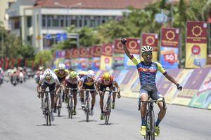 Chặng 4 Giải đua xe đạp quốc tế VTV-Cúp Tôn Hoa Sen 2018: Bất ngờ mang tên Nguyễn Đắc Thời