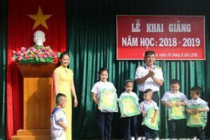Rộn ràng lễ khai giảng năm học mới tại huyện đảo Trường Sa