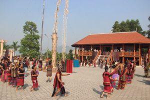 Xã nghèo bắt dân nộp tiền tổ chức lễ hội đâm trâu