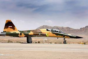 Chiến cơ siêu âm Kosar sắp gia nhập quân đội Iran