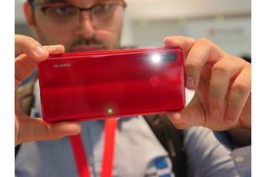 Trên tay nhanh Huawei Nova 3: Màu sắc rực rỡ, chất lượng tuyệt vời