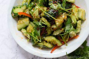 Salad dưa chuột làm theo cách này chắc chắn cả nhà sẽ tấm tắc khen ngon