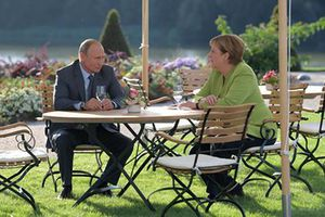 Mạnh tay dùng công cụ trừng phạt, ông Trump khiến Đức xích lại gần Nga