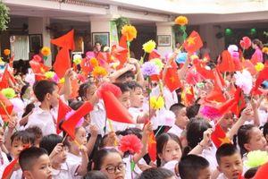 Trường Tiểu học Thăng Long tưng bừng đón năm học mới