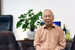 Nhà báo Phan Quang: Tuổi 90 vẫn muốn đi nhiều, học nhiều