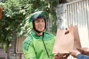 Go-Viet chiếm 10% thị phần TP.HCM, Grab thử nghiệm dịch vụ GrabFood tại Hà Nội