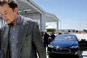 Elon Musk đối diện thử thách chưa từng có tại Trung Quốc