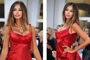 Chân dài Madalina Ghenea khoe ngực đầy nóng 'bỏng mắt' tại LHP Venice