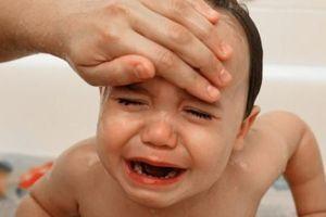 Nguyên tắc dùng thuốc hạ sốt an toàn cho trẻ