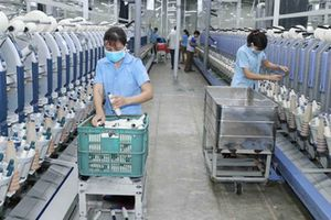 Vinatex Hồng Lĩnh xuất khẩu hơn 2.400 tấn sợi