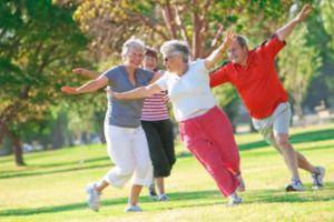 Giảm cân khi về già là nguy hiểm đối với phụ nữ