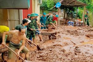 Khắc phục hậu quả mưa lũ, khẩn trương khôi phục hệ thống giao thông